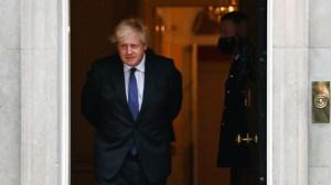 Борис Джонсън с план за борба с пандемията през зимата