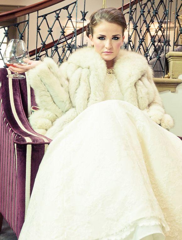 Best Dresses Winter Weddings