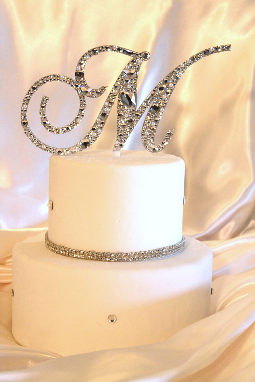 ideas to incorporate a custom wedding monogram Etsy weddings cake topper