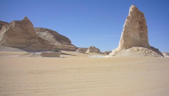White Desert Egypt Weepingredorger
