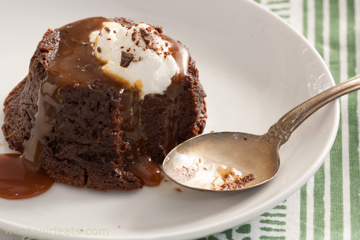 Chocolate pudding cakes with spoon