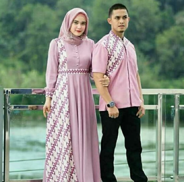 Model Gamis Batik Pesta Couple 11