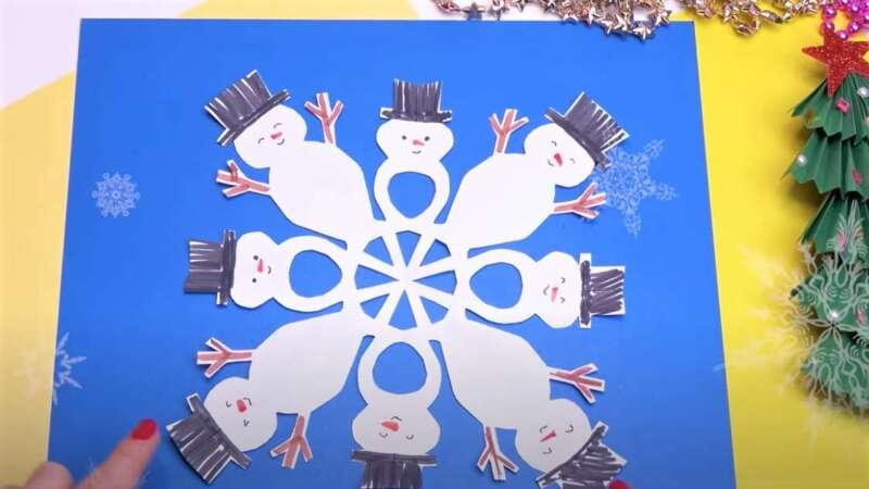 снеговик на новый год - снежинка