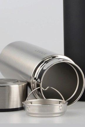 Hvordan rengjør termoer av rustfritt stål inne?