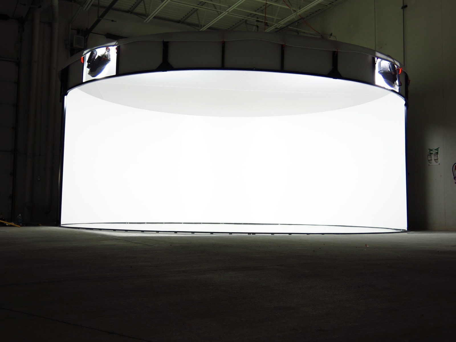 New Car Dealer Photo Studio Booth Dealermouth S Blog On This Month