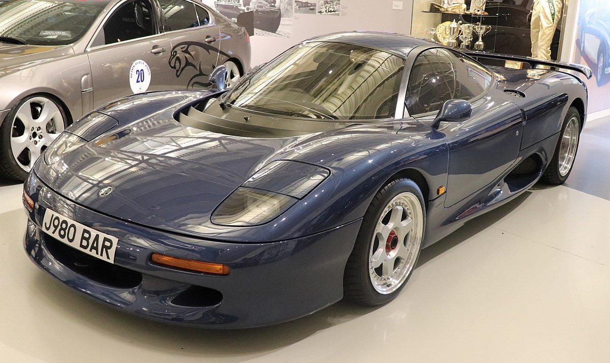 New Jaguar Xjr 15 Wikipedia On This Month