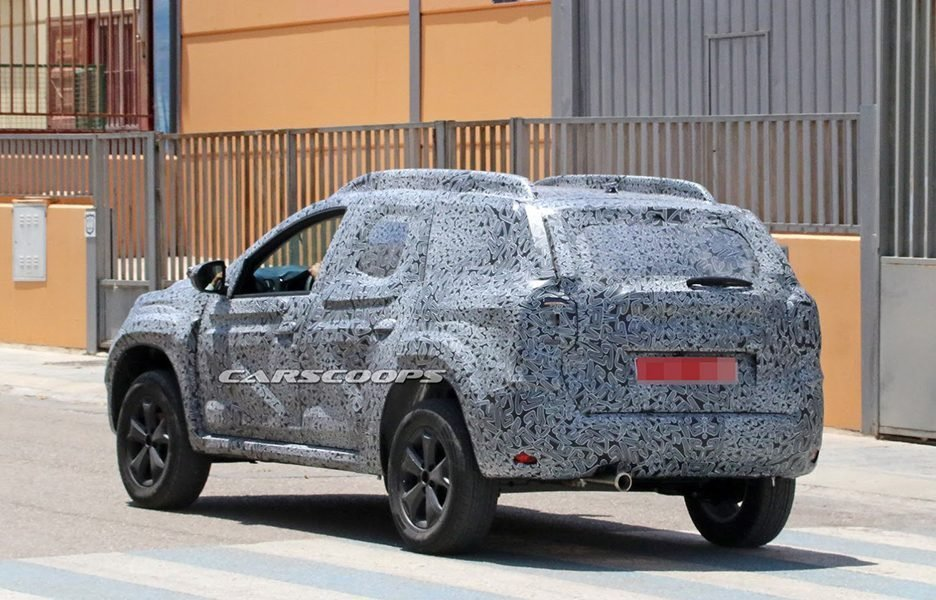 New Dacia Duster 2018 Le Foto Spia Anteprime Panoramauto On This Month