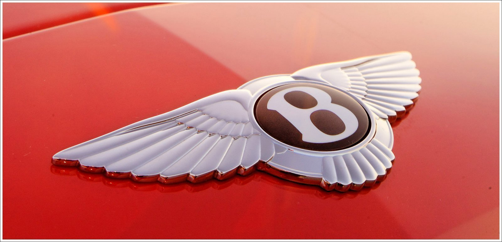 New Bentley Logo Meaning And History Bentley Symbol On This Month
