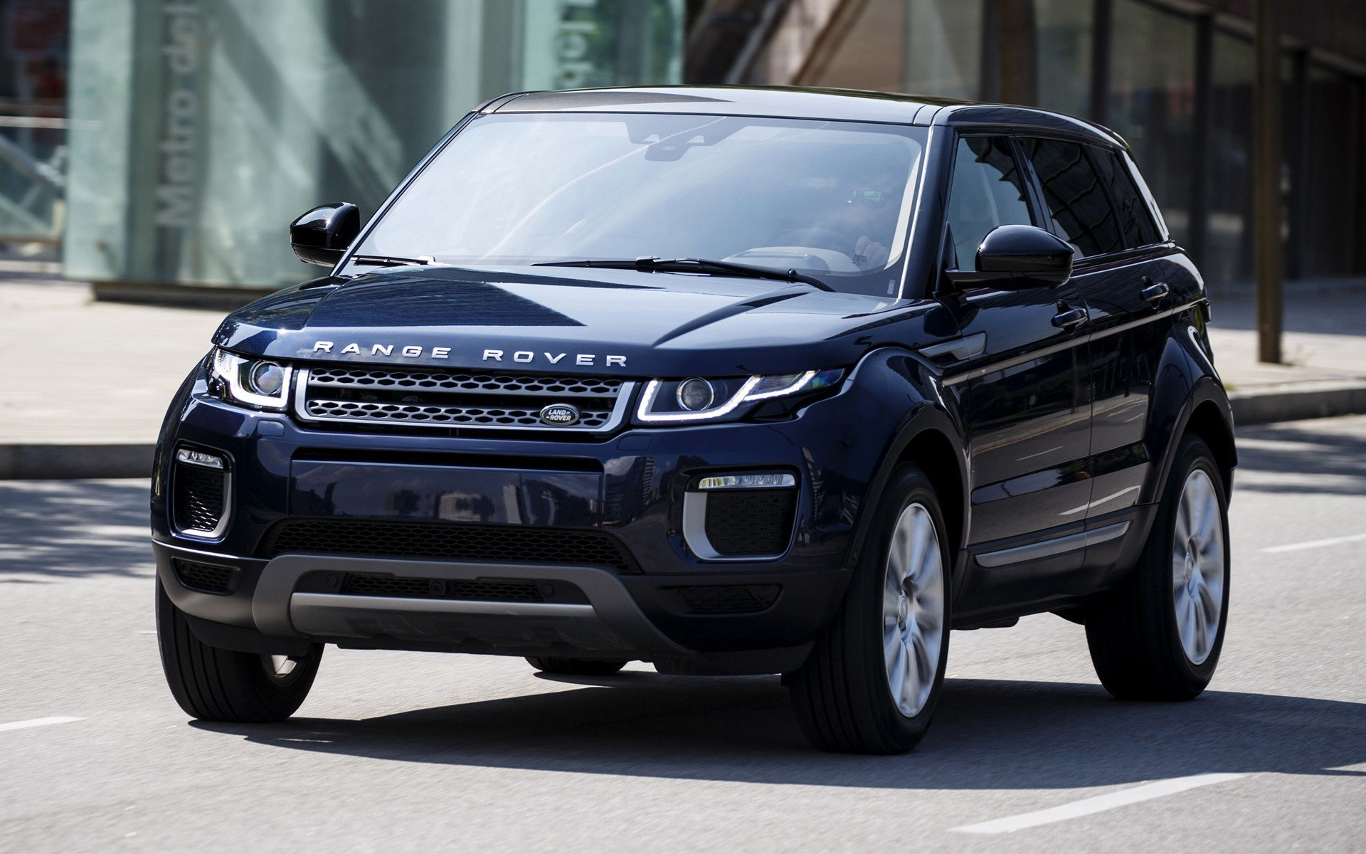 New 2015 Range Rover Evoque Wallpapers And Hd Images Car Pixel On This Month