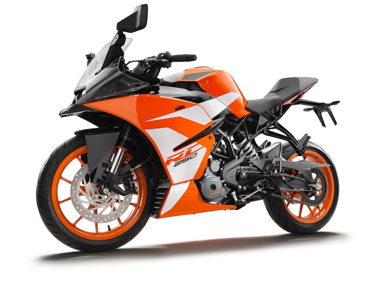 New 2017 Ktm Rc 250 Ktm Rc 390 Officially Available In On This Month