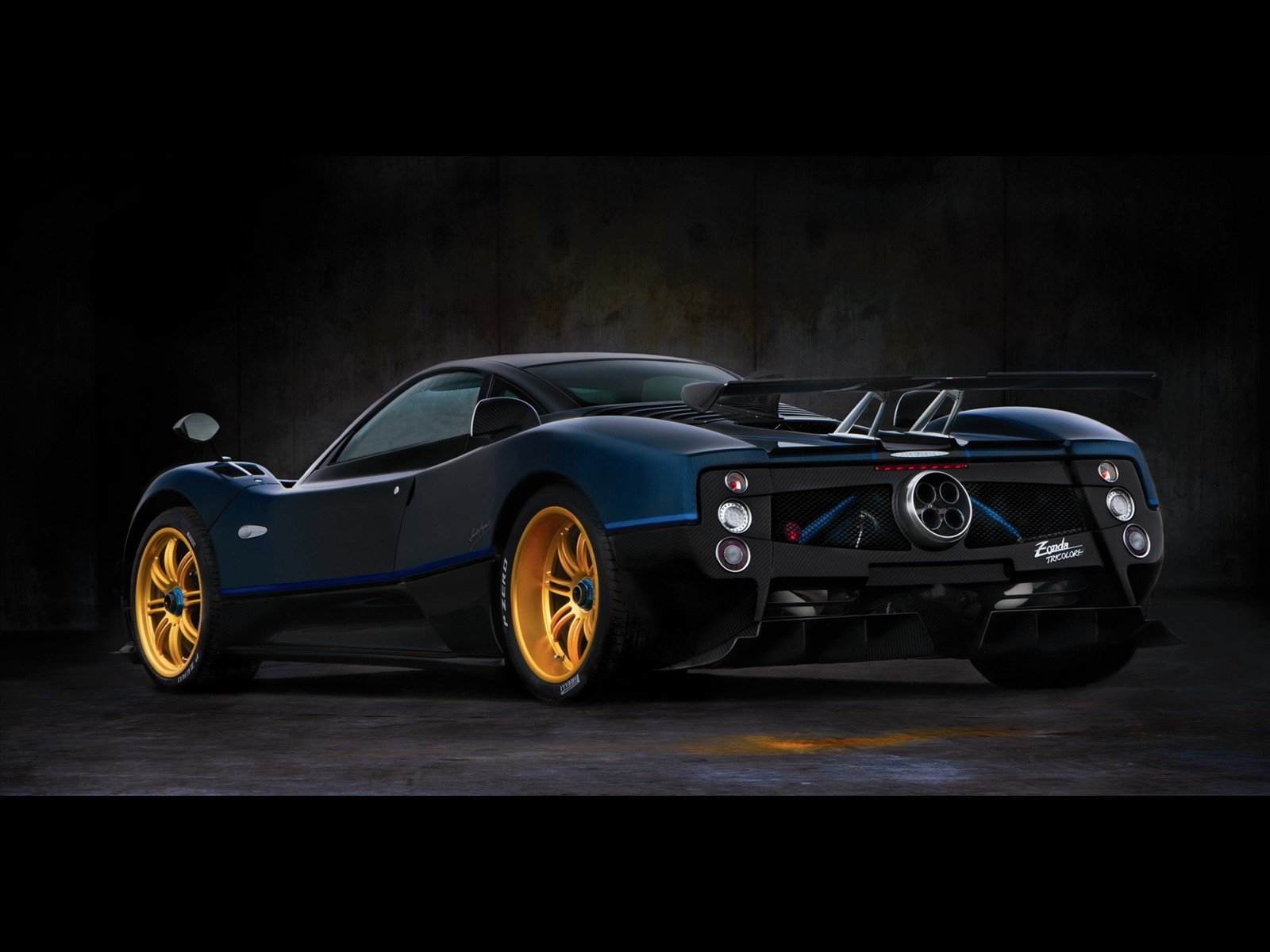 New Ultimate Machines Pagani Zonda Tricolor 2011 On This Month