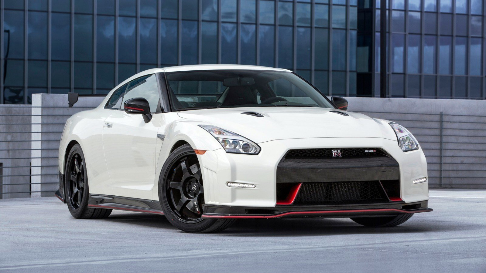 New Nissan Gt R Nismo 2015 Wallpaper Hd Car Wallpapers Id On This Month