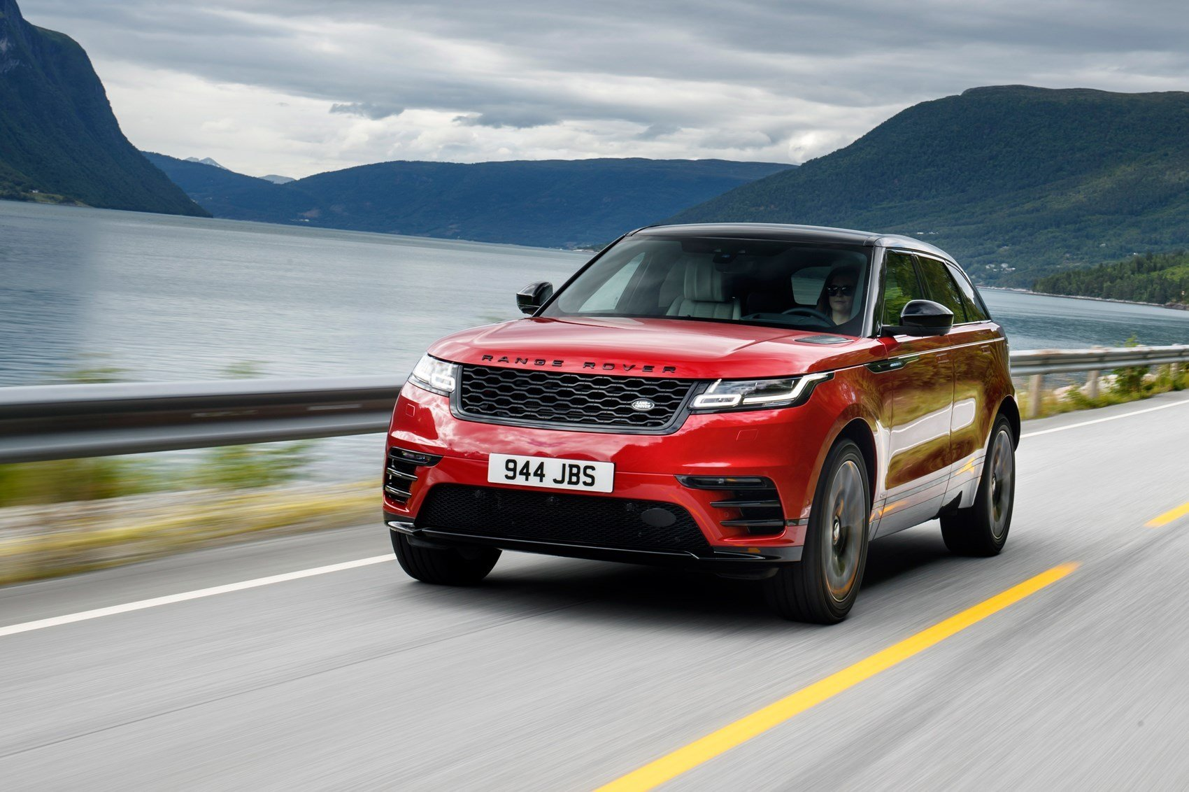 New Range Rover Velar 2017 Review By Car Magazine On This Month