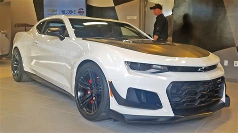 New Chevrolet Reveals Camaro Zl1 1Le Surely The Fastest On This Month