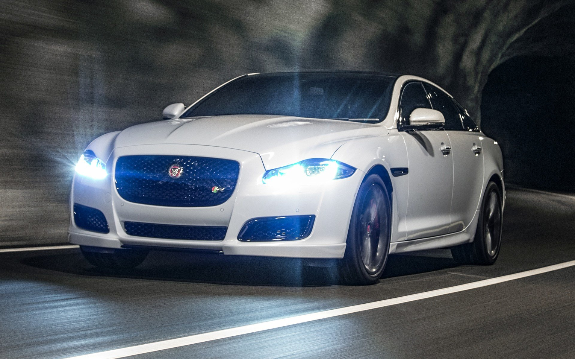 New Jaguar Xjr 2015 Uk Wallpapers And Hd Images Car Pixel On This Month