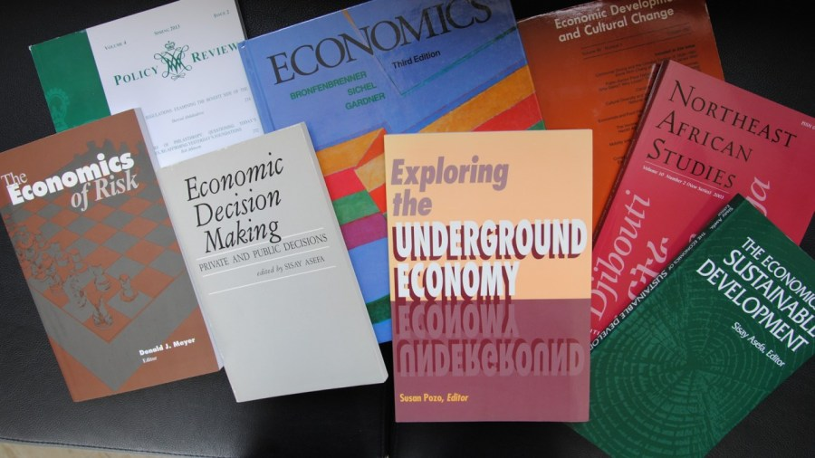 Economics   Western Michigan University Emphasis on scholarly activities