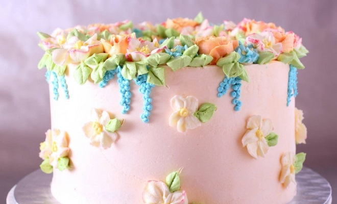 How to decorate cake cream from marshmallow