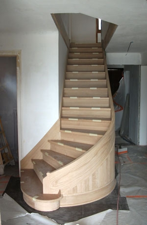How To Build A Curved Staircase With Horizontal Laminates   Curved Staircase Design Plans   Building   House   Drawing   Outdoor   Indian Style