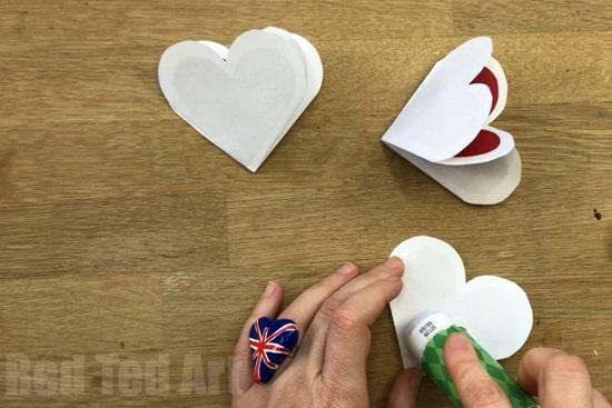 как сделать объемное сердце из бумаги фото 027