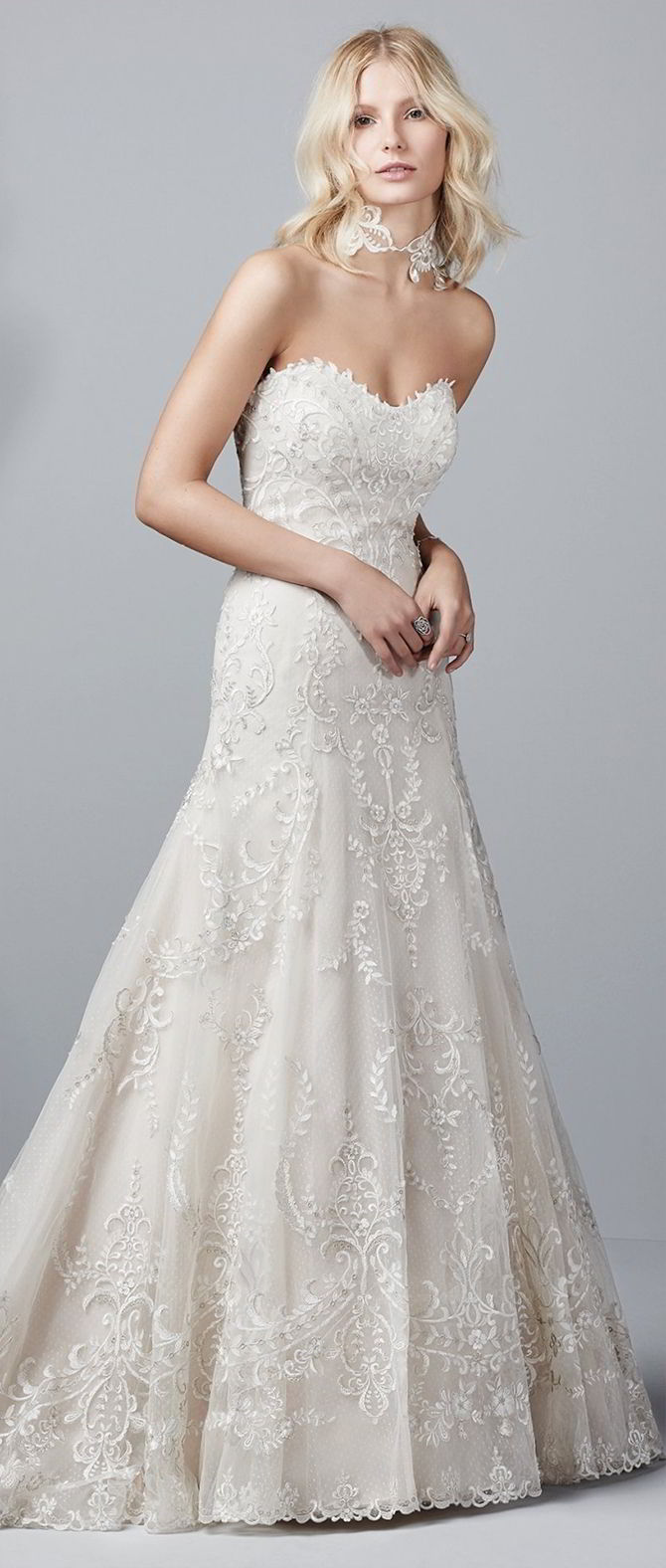 Lace Embellished Line Flare Dress Fit Wedding Sweetheart And Neckline Soft And Tulle