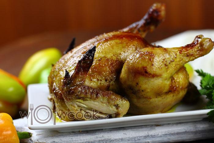 مرغ بر روی نمک
