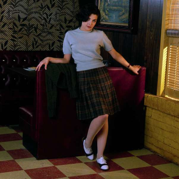 L A Times Crossword Corner  Tuesday  December 29  2015 Mary Lou Guizzo 26   Twin Peaks  actress Sherilyn   FENN