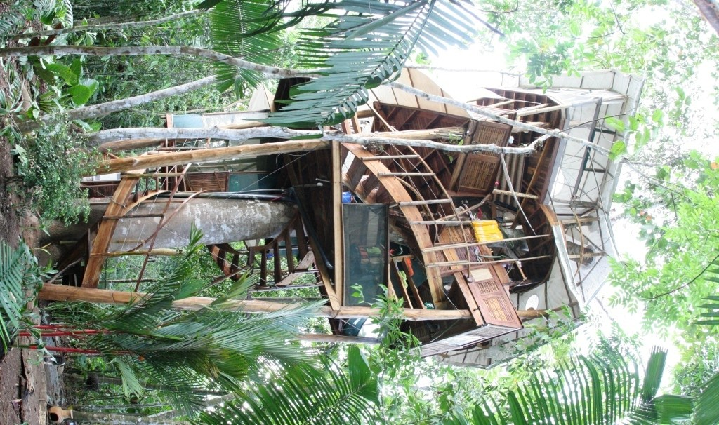 Breakthrough In Green Alternative Building Methods Treehouses And Eco Modular Homes In Costa