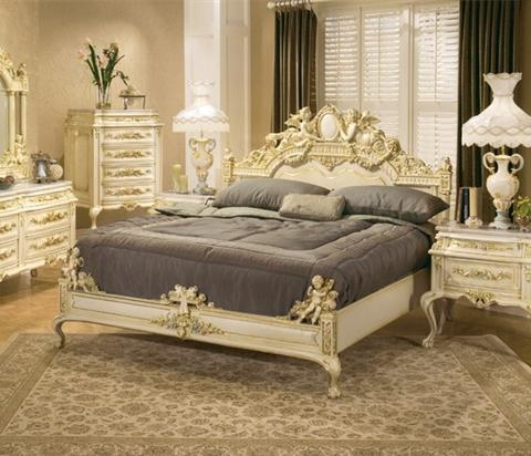 Homethangs Com Introduces A Guide To Ornate Antique Beds