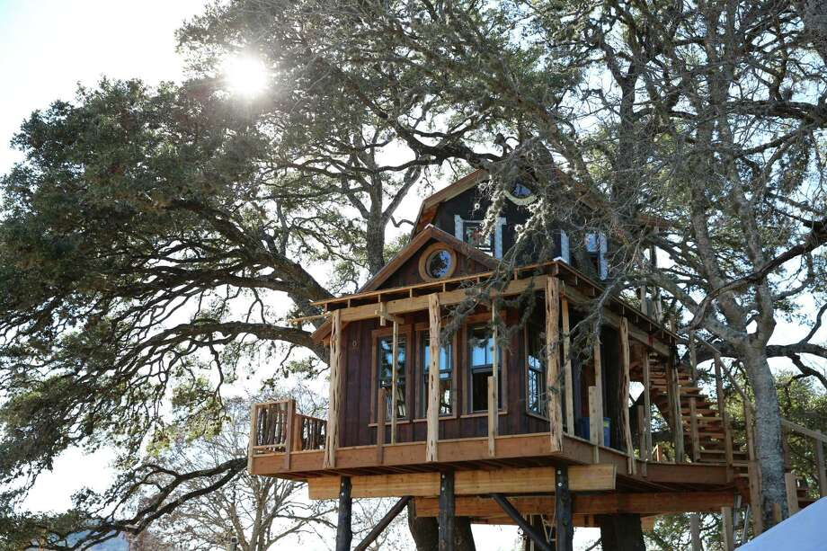 animal planet treehouse masters cost