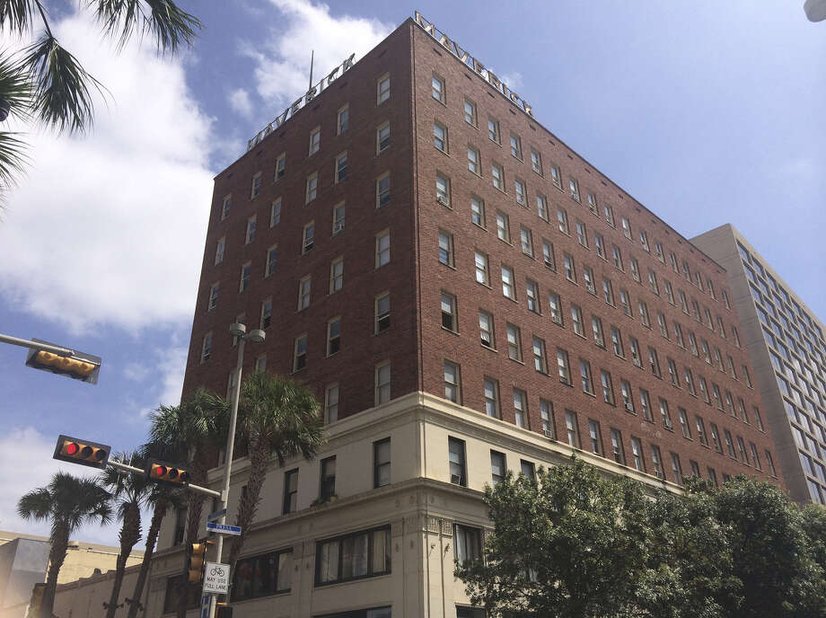Maverick Building Deserves Better San Antonio Express News