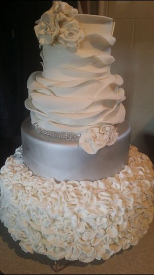 Cakes By Tammy   Wedding Cake   Pittsburgh  PA   WeddingWire 800x800 1422903899052 20150128135728