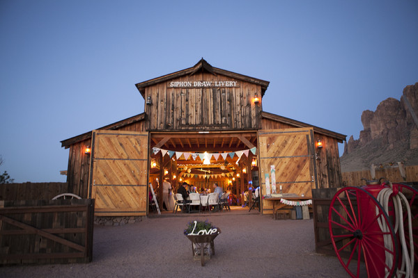 Mining Camp Restaurant Our Rustic Barn Apache Junction Az Wedding Venue