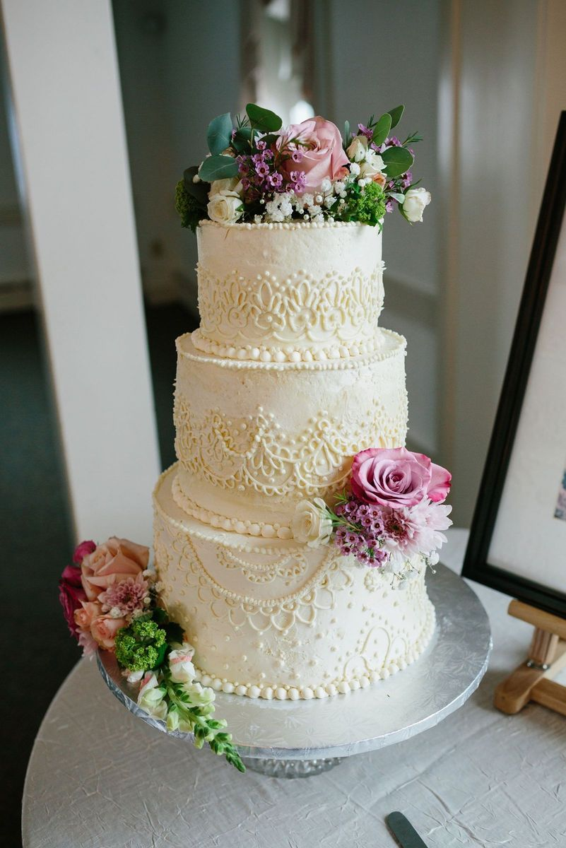 Lancaster Wedding Cakes   Reviews for 50 Cakes Inspired Confections