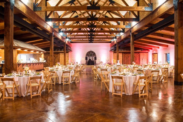 Lucky Spur Ranch Retreat Justin Tx Wedding Venue