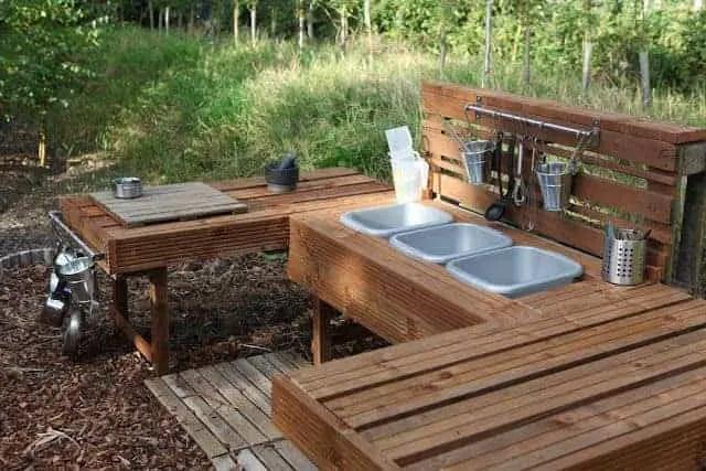 20 Mud Kitchen Ideas For Kids Garden Ideas 1001 Gardens