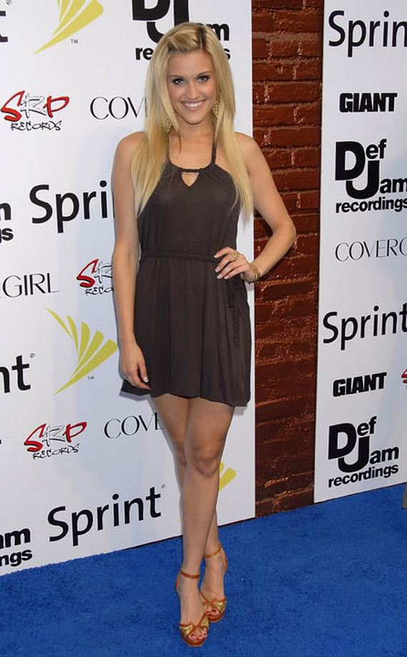 Ashley Rollerblading Gallery Tisdale