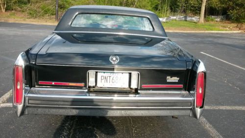 Purchase Used 1987 Cadillac Fleetwood Brougham Black