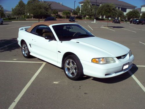 1997 White Mustang Convertible