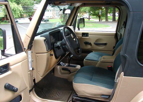Jeep Wrangler 2 Door Interior