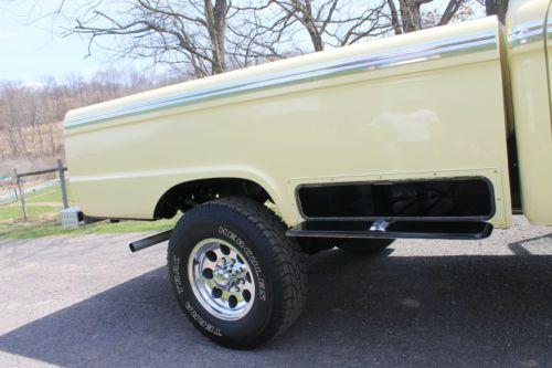 250 F Ford 1966 Cab Crew