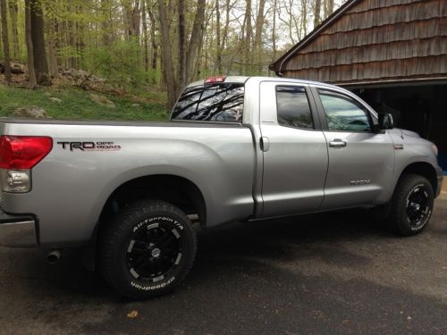 Sell Used 2009 Toyota Tundra Limited Double Cab 4x4 5 7l