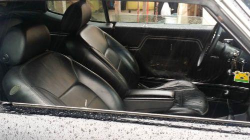 Sell Used 1972 Chevrolet Chevelle Floor Shifter Bucket