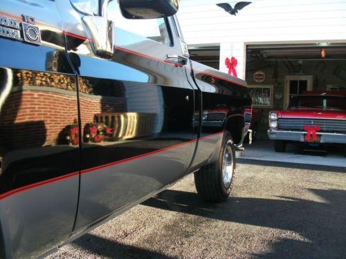 Truck Ups Interior