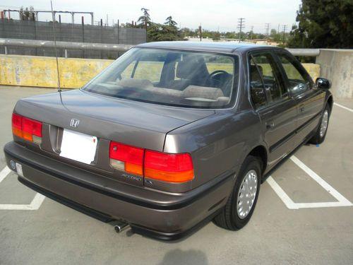 Sell Used 1993 Honda Accord Lx Sedan 4 Door 2 2l In