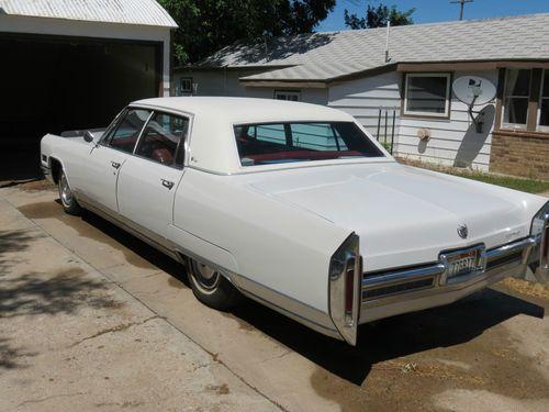 1966 Cadillac Fleetwood Interior