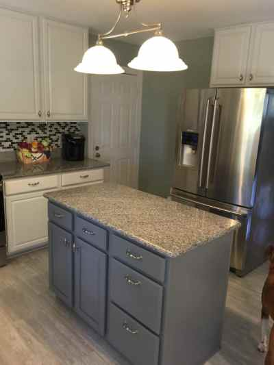 Nebulous White & Cityscape Kitchen - 2 Cabinet Girls
