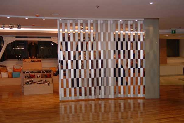 Folding Closures By Mobilflex Accordion Doors Com