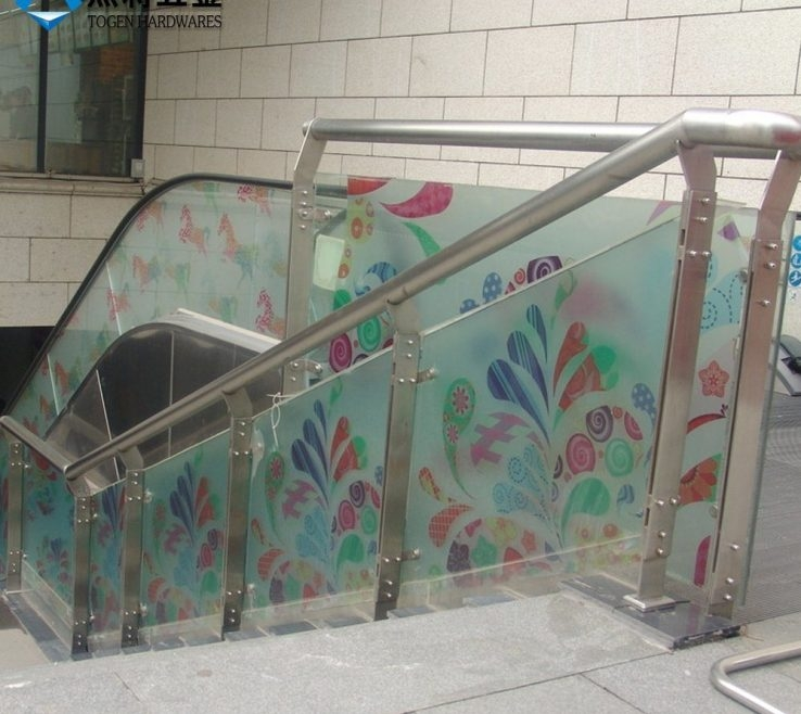 Ing Glass And Steel Staircase Railing Of Custom Design Stainless | Steel Stair Railing With Glass | Stair Residential Building | Free Standing | Tempered Glass | Steel Pipe | Floor Mounted Glass