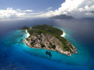 A luxury private island resort in the Seychelles « Adelto ...