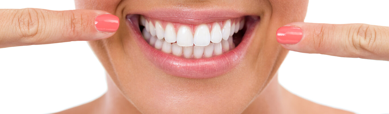 how-can-porcelain-veneers-improve